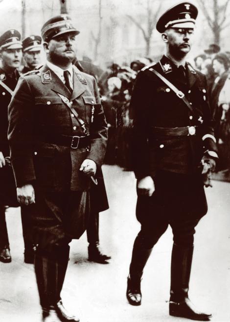 Hugo Boss, designer-ul uniformelor naziste. Croitorul lui Hitler și blestemul nazist