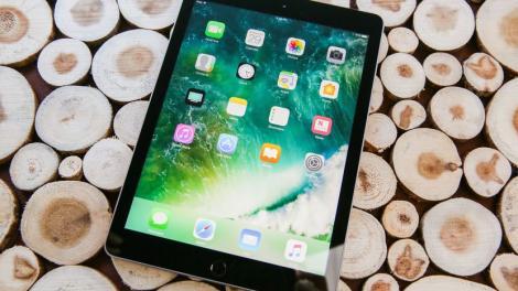 Tot românul va avea bani să-și ia Apple! Compania lansează cel mai ieftin iPad: Costă mai puțin decât o vacanță la Costinești
