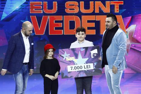 """Liviu Guță are cu ce se mândri!  copiii săi, Maria (5 ani) și Mario (10 ani) au câștigat ediția a patra  a emisiunii  """"Aici eu sunt vedetă""""!"""