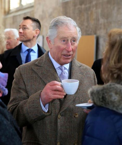 """""""Vreau să îi asigur pe toţi că nu sunt uitați!"""". Mesajul Prinţului Charles pentru Paşte. Declarații emoționante"""