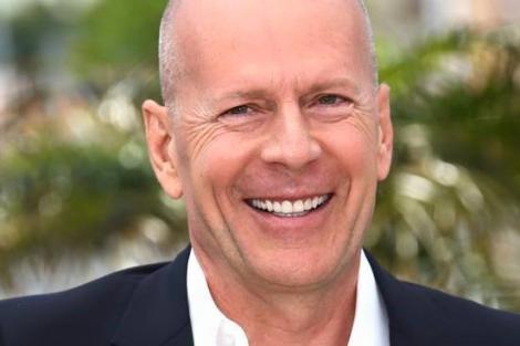 """Bruce Willis, ținta teoriștilor: ,,Legat de un scaun şi ţinut ostatic de un grup de nemernici"""", actorul trece prin prin cea mai mare provocare"""