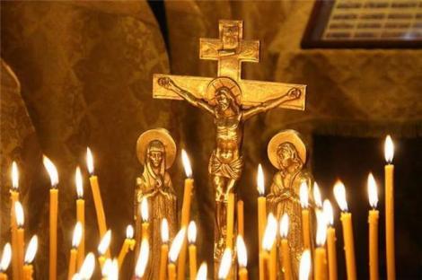 Calendar ortodox 14 aprilie. Rânduiala bisericească din Sâmbăta Luminată