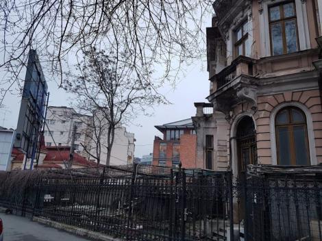 Minune Dumnezeiască pe strada Visarion: o casă din București a fost trasă la cer, cărămidă cu cărămidă!