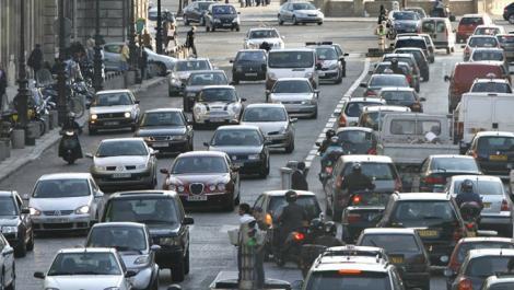 Mașinile vechi ar putea să fie interzise în București!De când ar putea să intre în vigoare această lege