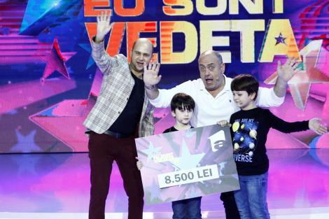 """Emil Mitrache și băieții săi, Teodor și Eduard, au câștigat ultima ediție """"Aici eu sunt vedeta""""!"""
