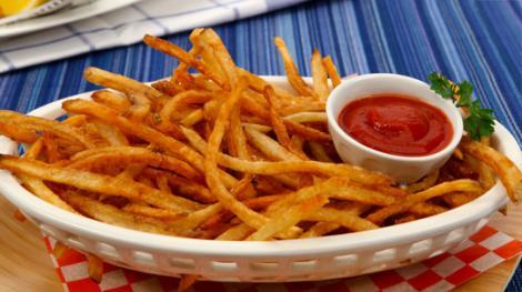 """Secretul celei mai bine """"păzite"""" reţete ! Cum faci acasă cartofi prăjiţi ca la restaurant?"""