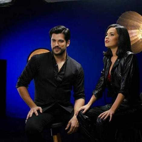 Inna, extrem de sexy după ce a dezvăluit că actorul turc îi e prieten! Apariția i-a cucerit total pe internauți