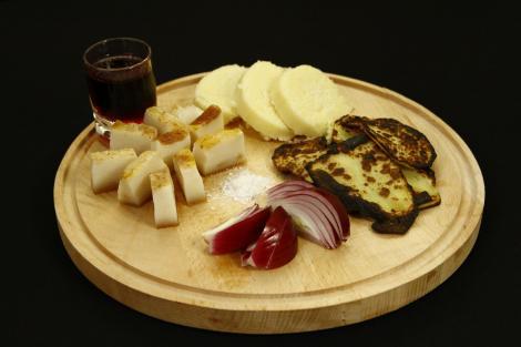 Scrijele. Un preparat tradițional, maramureșean, simplu și delicios pentru orice pofticios!
