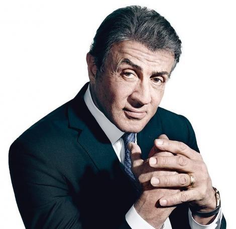"""""""Rocky"""" poate sta deoparte. Sylvester Stallone vrea să spună povestea unui pugilist legendar. De ce controversă se va împiedica"""