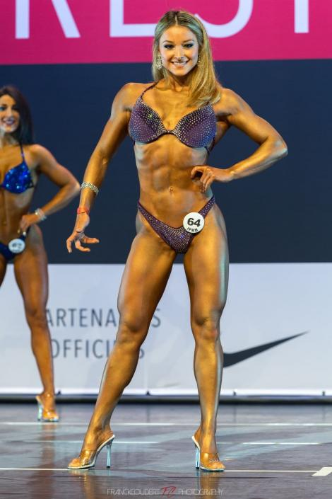 """Galerie foto de uiți de înfrângerea Stelei / FCSB-ului! Ana Elena Dumitrescu, câștigătoarea """"Miss Bikini Fitness"""""""