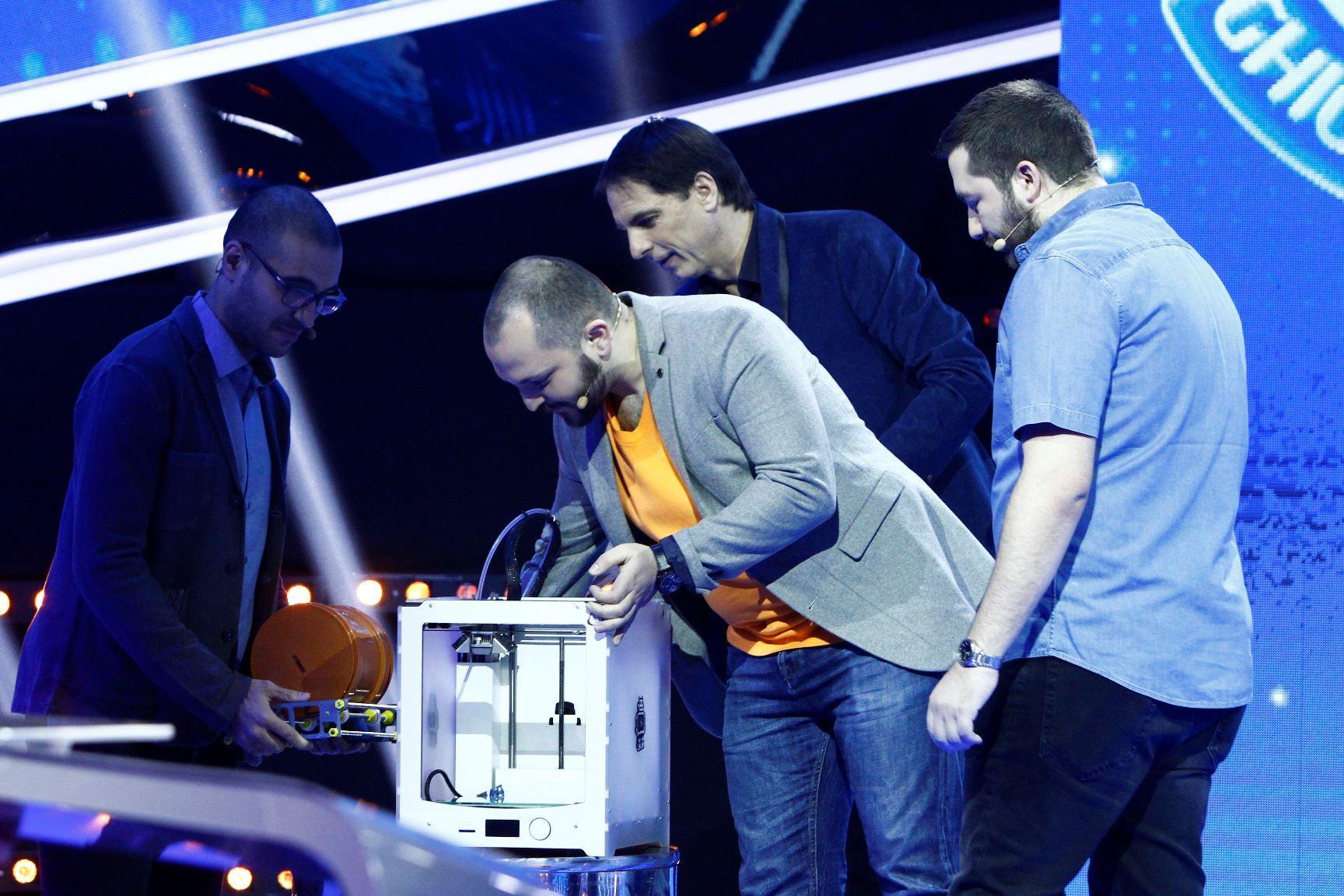 """Trei inventatori vin la """"Guess My Age – Ghicește vârsta"""" să câștige bani pentru cea mai recentă invenție"""
