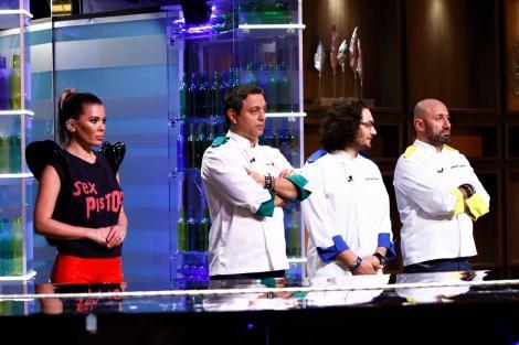 """Situație tensionată la """"Chefi la cuțite""""! Concurenții dau o probă extrem de grea, ce îi va costa scump!"""