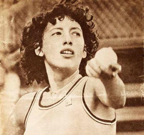 Se împlinesc 40 de ani de când Virginia Ruzici a devenit prima româncă învingătoare la Roland Garros! Ecoul succesului ei, MULT mai puternic în era Halep