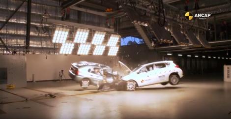 Ce pățești în caz de accident într-o mașină veche! Videoul care te lasă fără cuvinte!