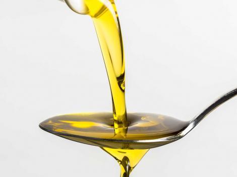 """Terapia menţionată chiar şi în Biblie. Ce este """"aurul lichid"""", eficient în tratarea multor boli"""