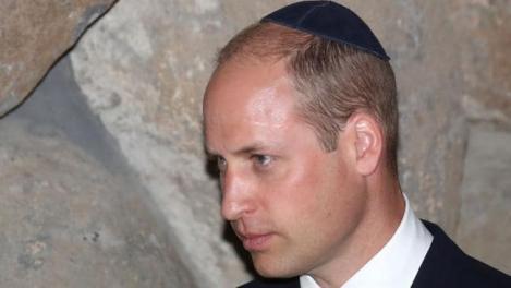 Semn de omagiu al Prinţului William pentru victimele Holacaustului
