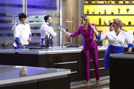 """Au rămas fără cuvinte! Concurenții de la """"Chefi la cuțite"""" dau cea mai grea probă de până acum!"""