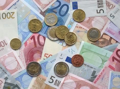 Contrafacerea, EXTREM de scumpă în Uniunea Europeană! Câți bani se pierd anual