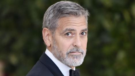 George Clooney a fost rănit într-un accident de motocicletă!