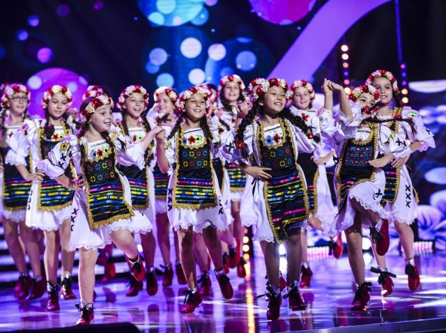 """Acesta chiar este un Magic Group! Fetele au dansat dumnezeiește la """"Next Star""""! """"Când vă văd bucuria de pe chipuri..."""""""