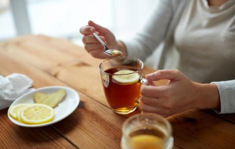 Semnalul de alarmă tras de medici! Ceaiul care te poate îmbolnăvi de hepatită! Renunță să-l mai consumi!