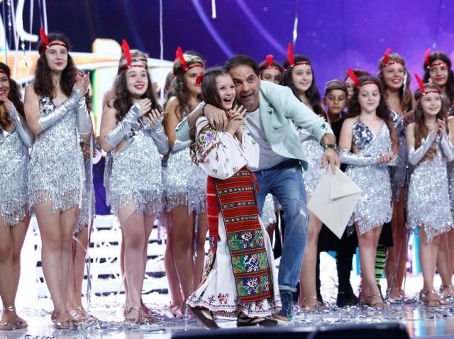 """Andra, o fetiță care cântă muzică populară, a câștigat cea de-a șaptea ediție """"Next Star"""""""