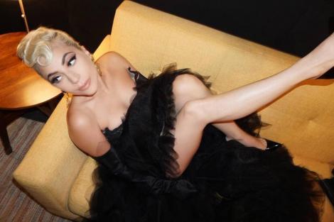 Lady Gaga, surprinsă în costum de baie la plajă, înainte de a începe o serie de concerte în Las Vegas. Cum arată artista la 32 de ani - FOTO