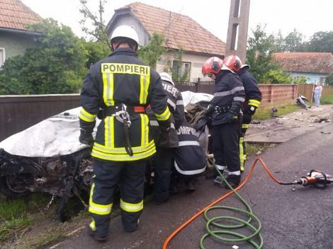 ULTIMĂ ORĂ! Doi morți și doi răniți, în urma unui accident teribil! Traficul este deviat