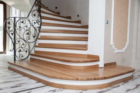 Scările interioare, element de design ales cu grijă pentru conceptul casei
