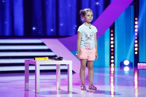 Fetițele au umor. Și ce umor. Irina, noua stea a stand-up-ului românesc la doar șase anișori!