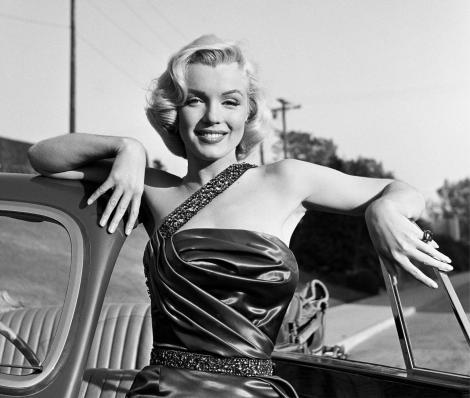 """Blestemul tinerelor blonde de la Hollywood. Marilyn Monroe se sinucide cu somnifere, Jean Harlow moare de la o insuficiență renală, Carole Lombard se prăbușește cu avionul: """"Trebuie să ajung acasă, să-mi salvez căsnicia!"""