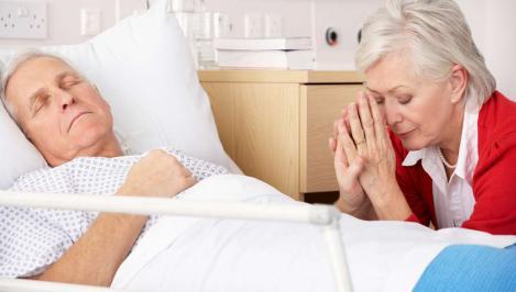 Acatist pentru tămăduirea bolilor grave. Iată rugăciunile care te scapă de boli