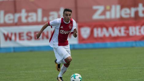 Veste uriașă în lumea fotbalului! Abdelhak Nouri, jucătorul lui Ajax care a suferit un atac de cord în timpul unui amical cu Werder Bremen, s-a trezit din comă!