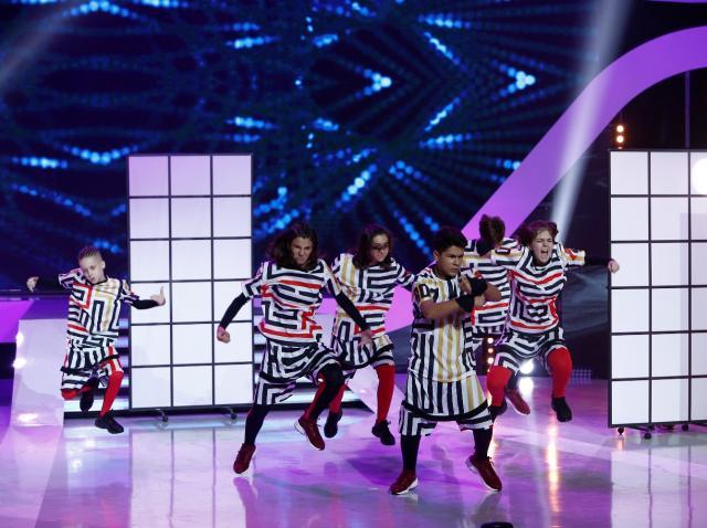 """Emoţii mari pentru Piticu' de la Simplu. Brothers Crew, dans spectaculos în finală de popularitate: """"Nu pot să cred aşa ceva. FENOMENAL!!! """""""
