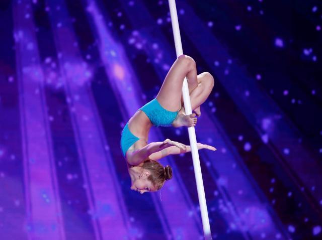 """Ce talent! Diana Romaniuc, număr de acrobaţie la bară, spre uimirea juraţilor: """"Ce moment! Bravo"""""""