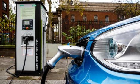 """Vânzările record pentru mașinile electrice în Europa! """"Bătrânul continent"""" a depășit 1 milion de unități după ce vânzările au crescut cu 40%!"""