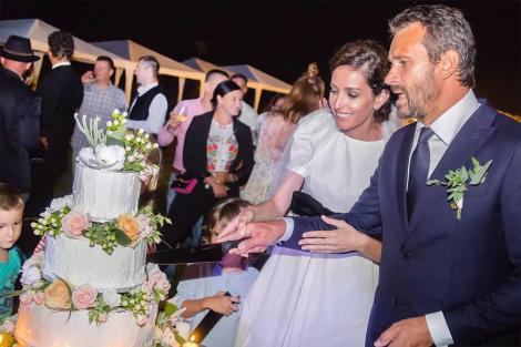 """Nuntă de vis în Maramureș pentru Monica și Nicolai Tand: """"Nu mi-am putut opri lacrimile"""""""