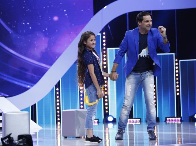 Raisa Ștefan a adus lacrimi în ochii juraților. Fetița are o poveste de viață tulburătoare, dar talentul o va transforma în stea!