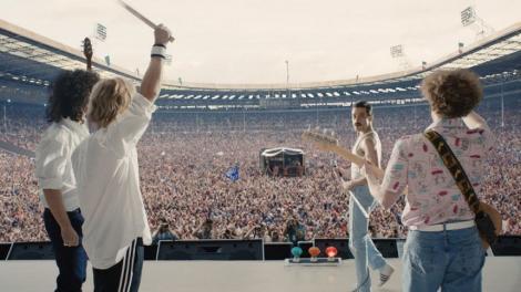 """Freddie Mercury se întoarce pe stadionul pe care a scris istorie! Premiera filmului """"Bohemian Rhapsody"""""""