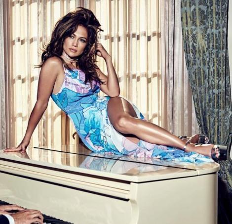 Moment JENANT pentru Jennifer Lopez! Diva a căzut în șezut pe scenă, în timpul unui concert din Las Vegas – VIDEO