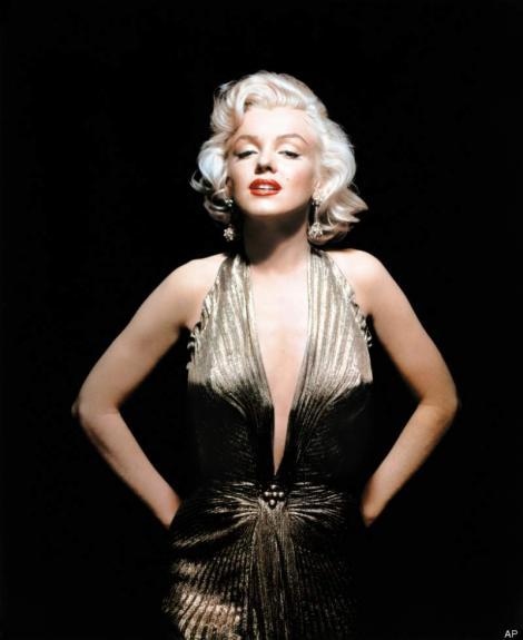 Au apărut fotografii surprinse la scurt timp după moartea lui Marilyn Monroe! Cum arăta dormitorul divei de la Hollywood, în care  fost găsită fără suflare