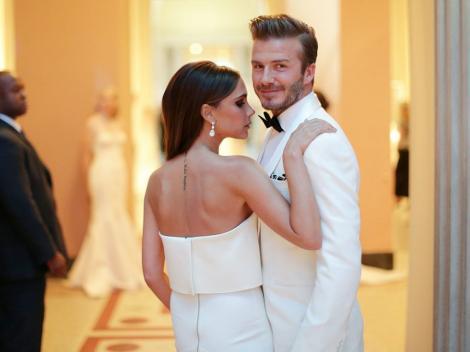Se zvonea că s-ar fi despărțit, dar imaginile spun altceva! În ce ipostaze au fost surprinși Victoria și David Beckham, la bordul unui iaht – GALERIE FOTO