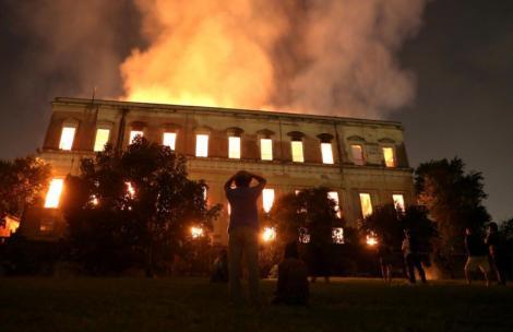 """Exponatul distrus în incendiul din Rio de Janeiro, o pierdere inestimabilă! Are o vechime de 12.000 de ani: """"Nu este o pierdere doar pentru Brazilia, ci pentru umanitate în general"""""""