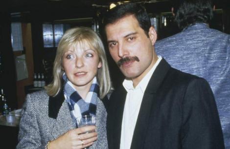 """Măria pe care Freddie Mercury a iubit-o nebunește a făcut o avere după lansarea filmului """"Bohemian Rhapsody""""! Suma fabuloasă de bani pe care o va primi"""