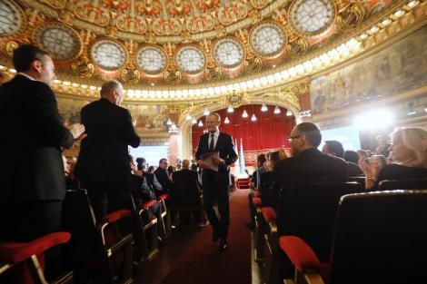 Cine este Donald Tusk? Omul care prin discursul său a impresionat România