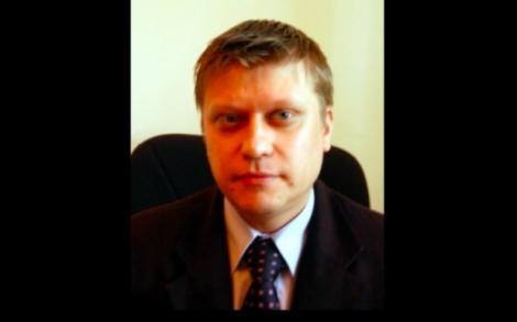 """Șoc în România! Directorul Universității București a murit la doar 40 de ani, de la stres: """"Programul nu îi permitea nici să respire"""""""