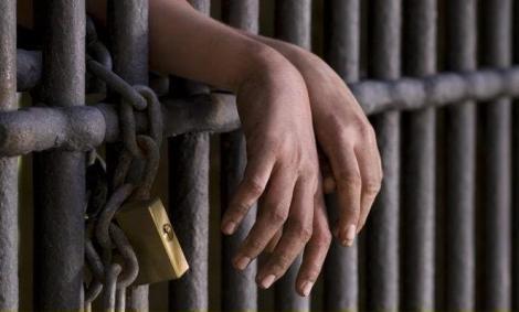 Închisoare pentru românii din Italia care fac asta! Greșeala din cauza căreia ar putea sta până la 6 ani în spatele gratiilor