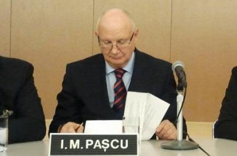 Ioan Mircea Paşcu, fost europarlamentar: Doresc sa fac public faptul ca mi-am anunţat candidatura la postul de comisar al României pe transporturi. Doamna prim-ministru este la curent cu candidatura mea.