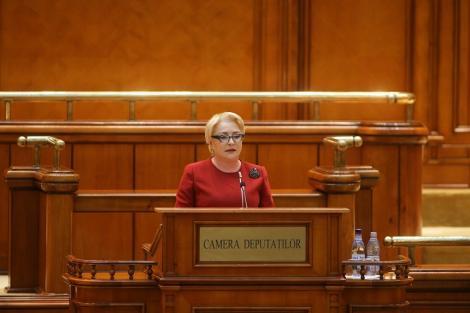 """Moţiunea de cenzură împotriva Cabinetului Dăncilă a fost depusă/ Turcan acuză puterea că vrea să impună citirea moţiunii """"noaptea, ca hoţii"""", pentru a fi votată într-o zi nelucrătoare"""