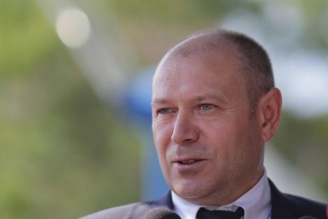 Cererea lui Felix Bănilă de a-şi continua activitatea la Parchetul de pe lângă Tribunalul Bacău, după ce a demisionat de la conducerea DIICOT, pe ordinea de zi a CSM